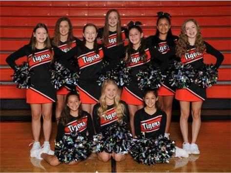 8th Grade Football Cheer Squad
