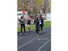 400m relay - Jada Williams to Kaja Vaughns