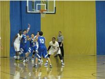 Jordan Foster on defense