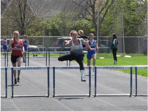 Natasha Bernett - Running new School Record in 300m Hurdles