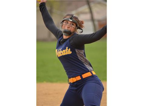 Junior Pitcher Natalie Mazzone