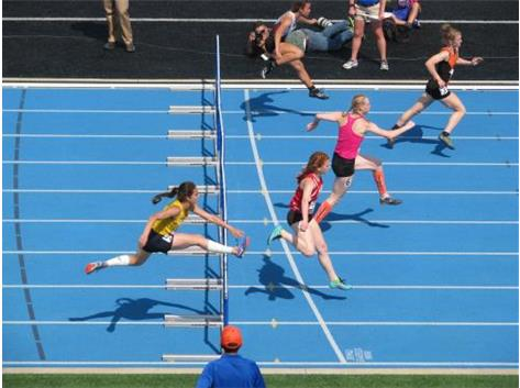 Sophomore Natasha Bernett - State Finals - 300m hurdles - 7th place