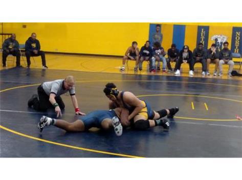 Reggie Young - pinning Sullivan