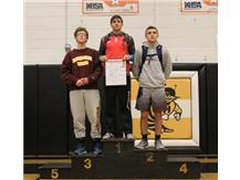 Congratulations to Bryce Shelton (138 lbs) for coming in 1st Place at the Class 2A Harvard Regional