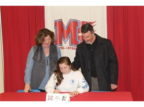 Congratulations to Kate Messino who has committed to attend University of Dubuque- Volleyball.