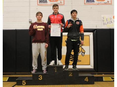 Congratulations to Dylan Connell (160 lbs) for coming in 1st Place at the Class 2A Harvard Regional