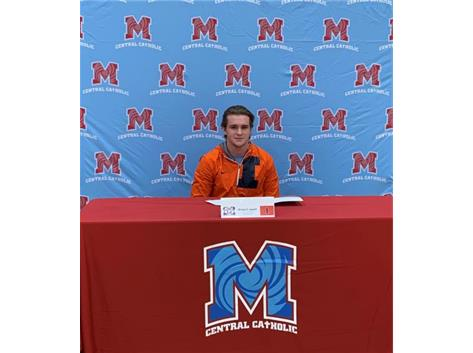 Congratulations to Dylan Connell who signed his letter of intent to continue his academic and wrestling career the University of Illinois.