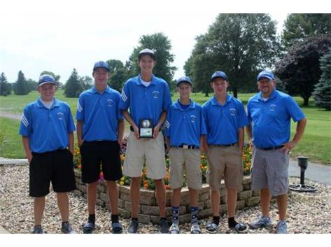 2016 Norsemen Golf Team Photo: Mrs. Myre