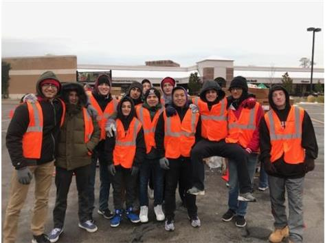 For the 4th year in a row, a fine group of young men volunteered at for the Hunger Resource Network.