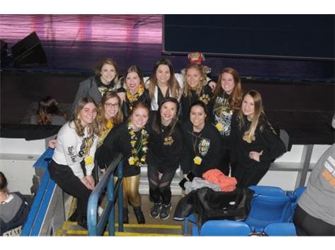 Cheer Alumni at State 2017