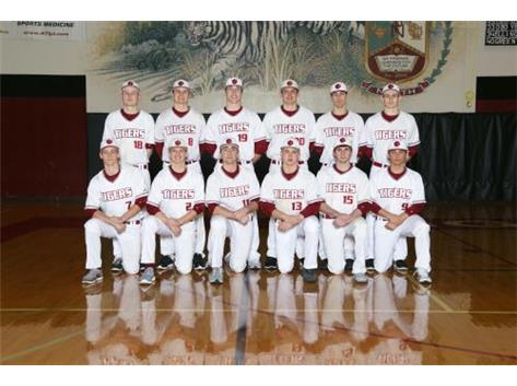 2017 Varsity Baseball Seniors