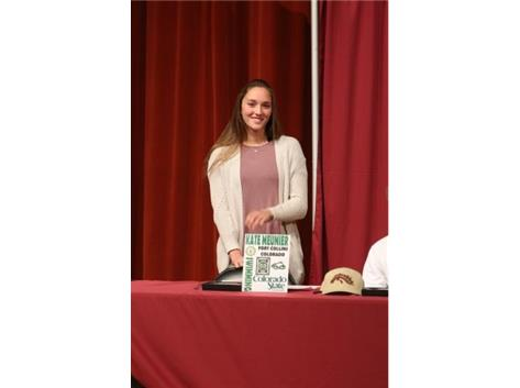 2017 November National Signing Day - Kate Meunier