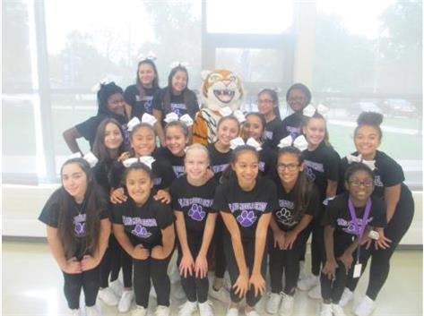 Plano Middle School | Girls Cheerleading 7/8 | Activities