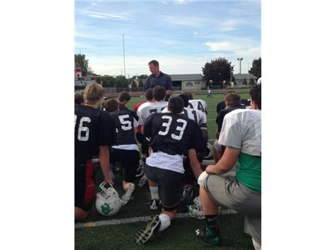 Former NFL player & Celtic Alumni Pete Bercich '89 addresses the Team
