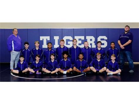 2018-2019 Wrestling Team for Ridgeview.