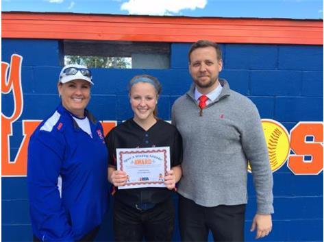 Softball Freshman Leah Foreman IHSA Sportsmanship Winner