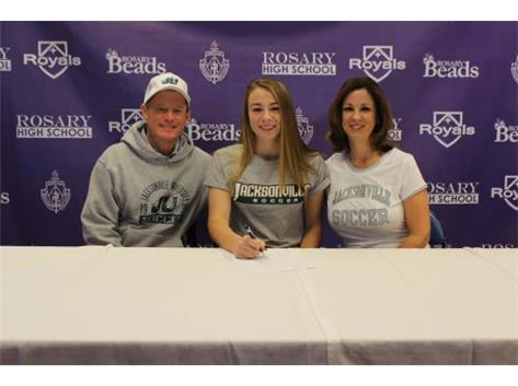 Julianne Hitchison Signing her NLI to play Soccer at Jacksonville University!