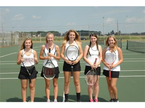 Girls Tennis Returning Letterwinners