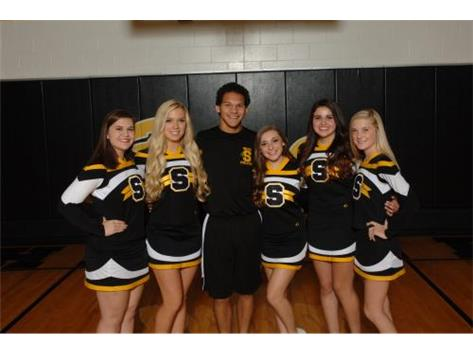 Varsity Cheerleaders Seniors