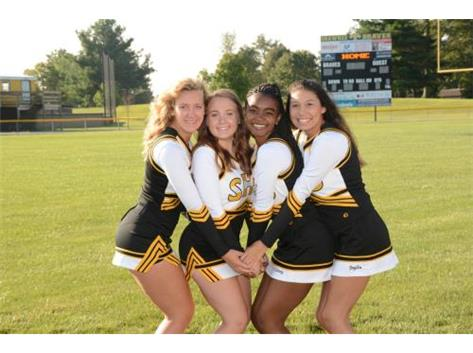 Senior Cheerleaders
