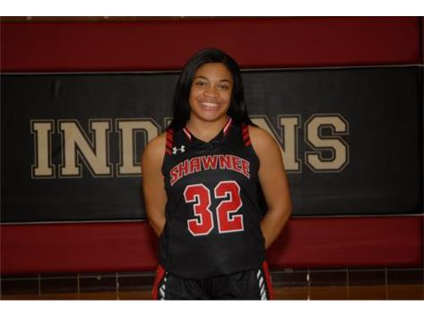 Senior Girls Basketball Player: Eliyana Floyd