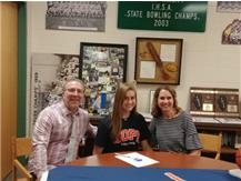 Kate Majerus signs with Hope College to play Basketball.