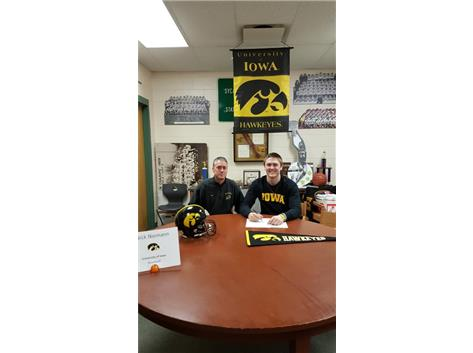 Nick Niemann signs with University of Iowa to play football