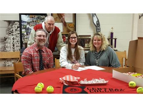 Laurynn Mize signs with Central College to play tennis.
