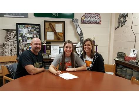 Allyson Versluys signs with Indiana Tech to play Softball.