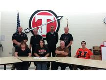 Kelsey Thomas signs with Union College