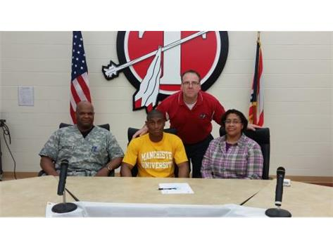 Tyler Pruitt signs with Manchester University