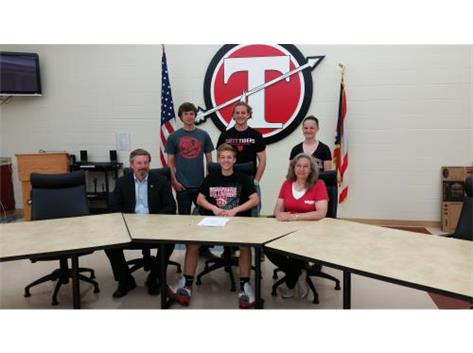 Kevin Helt signs with Wittenberg