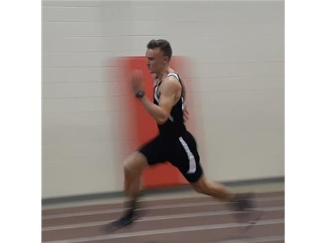 Eli placed 15th in the 60m, 12th in the 400m and 5th in the 200m at the Otterbein track meet on January 19.