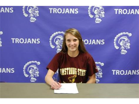 Selena Ushela signs with Armstrong State for Volleyball
