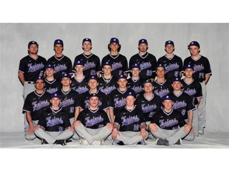 Varsity Baseball 2017-18