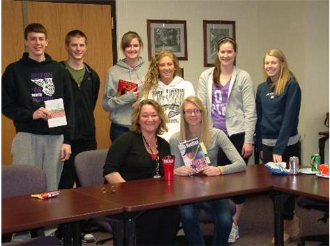 Student Athletic Council Chop & Chat with Librarian Linda Ryan