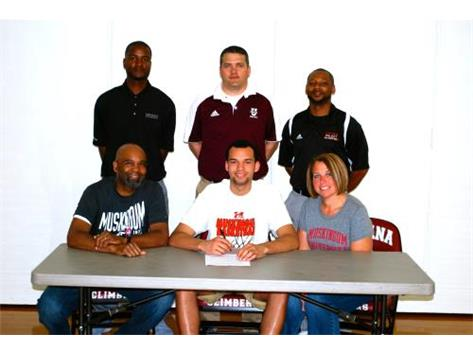 Kalen Howell Jr signs to play basketball at Muskingum