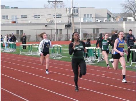 Vivica Coleman - 100m Dash Winner
