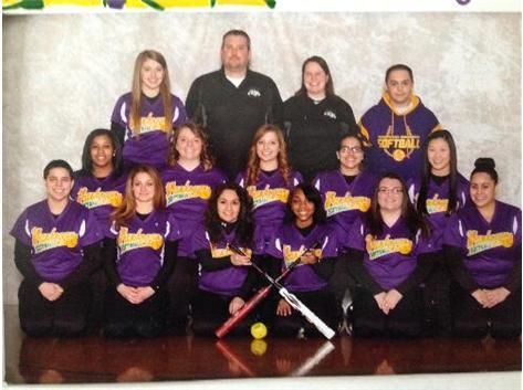 2014 Varsity Softball Team