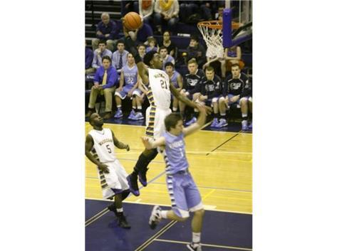 Devonte Taylor dunks in the 2013 regional semi-final vs. Prospect HS