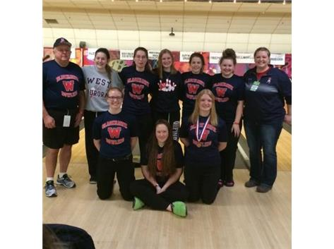 Girls Bowling Finishes 6th in State!
