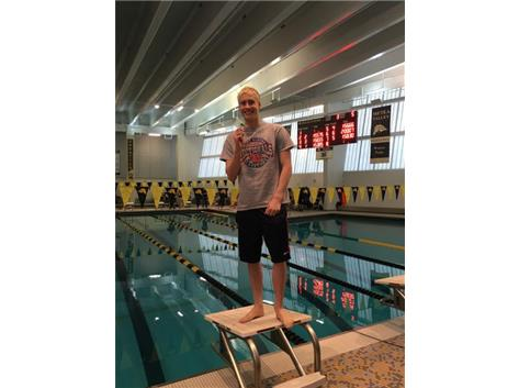Tyler McLaren Qualifies for IHSA State Final in 200 IM