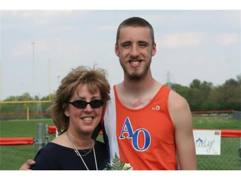 Tyler and Mom Sr. Day