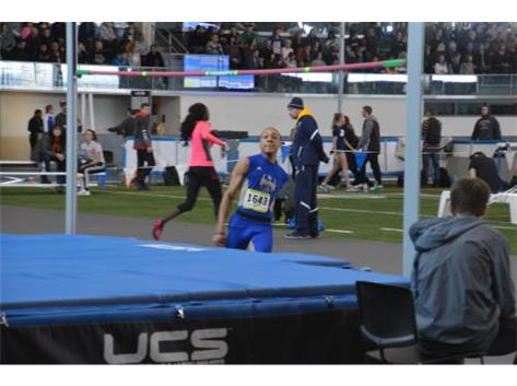 Jalen Bowens attempts the high jump at Grand Valley State University.