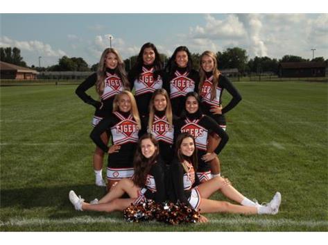 Cheerleaders Varsity 2018