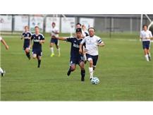 Nathaniel Hinds outruns a Peoria Notre Dame player, Sept. 2, 2014