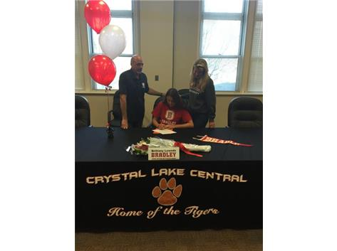 Brittany signs with Bradley