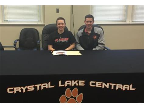 Monica signs with Lakeland