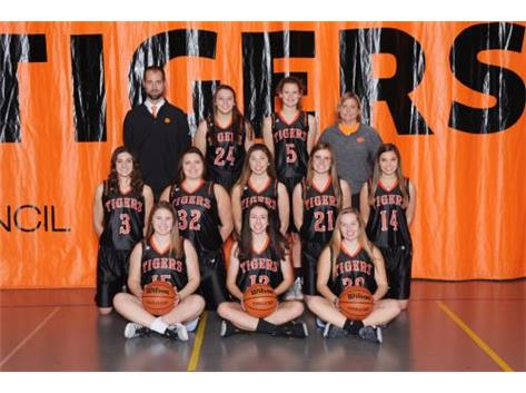 18-19 Varsity Girls Basketball