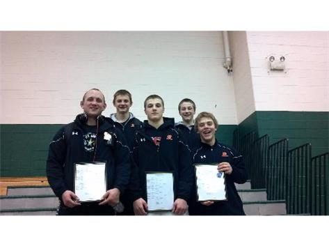 5 CLC WRESTLERS QUALIFY FOR STATE!  CONGRATS!!!